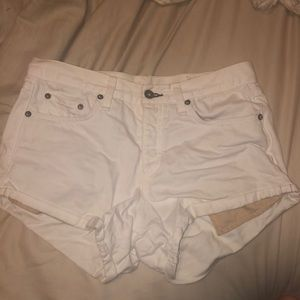 Rag & Bone Marilyn Jean Short in Aged White sz 26